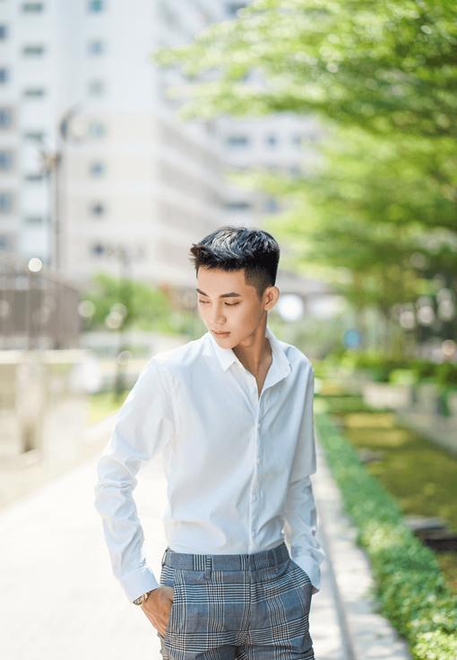 ao-so-mi-nam-trang-tay_dai-8csm01_1_trang_master.png